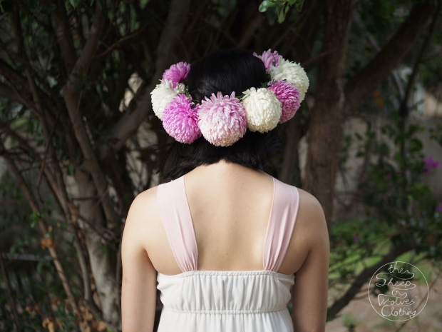 The Sheep in Wolves' Clothing- FUNNY HAT FRIDAY: Ball Chrysanthemum Fresh Flowercrown
